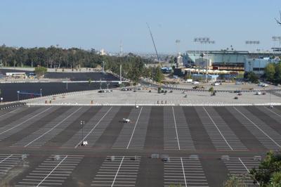 Scenes & Sightings: Dodger Stadium is black and blue