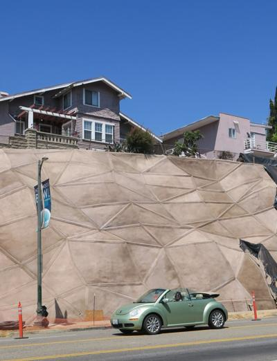Sunset Boulevard retaining wall echo park 6-14-2019 3-12-058.JPG