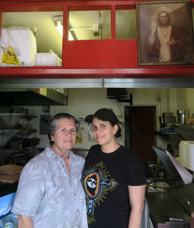 Atwater Village's most famous burrito maker dies