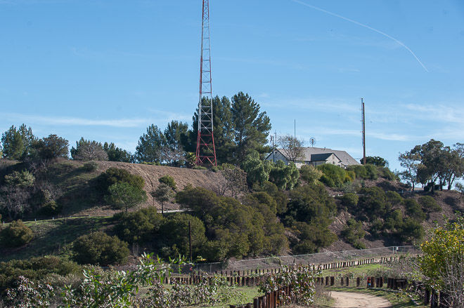 City will have to pay up if it wants to keep LAPD radio towers in Montecito Heights