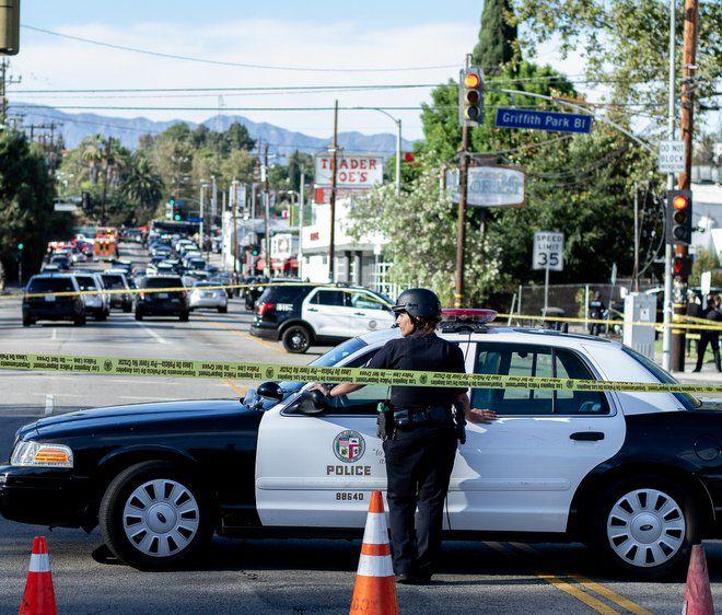 Woman killed during Silver Lake Trader Joe's standoff; gunman taken into custody [updated]