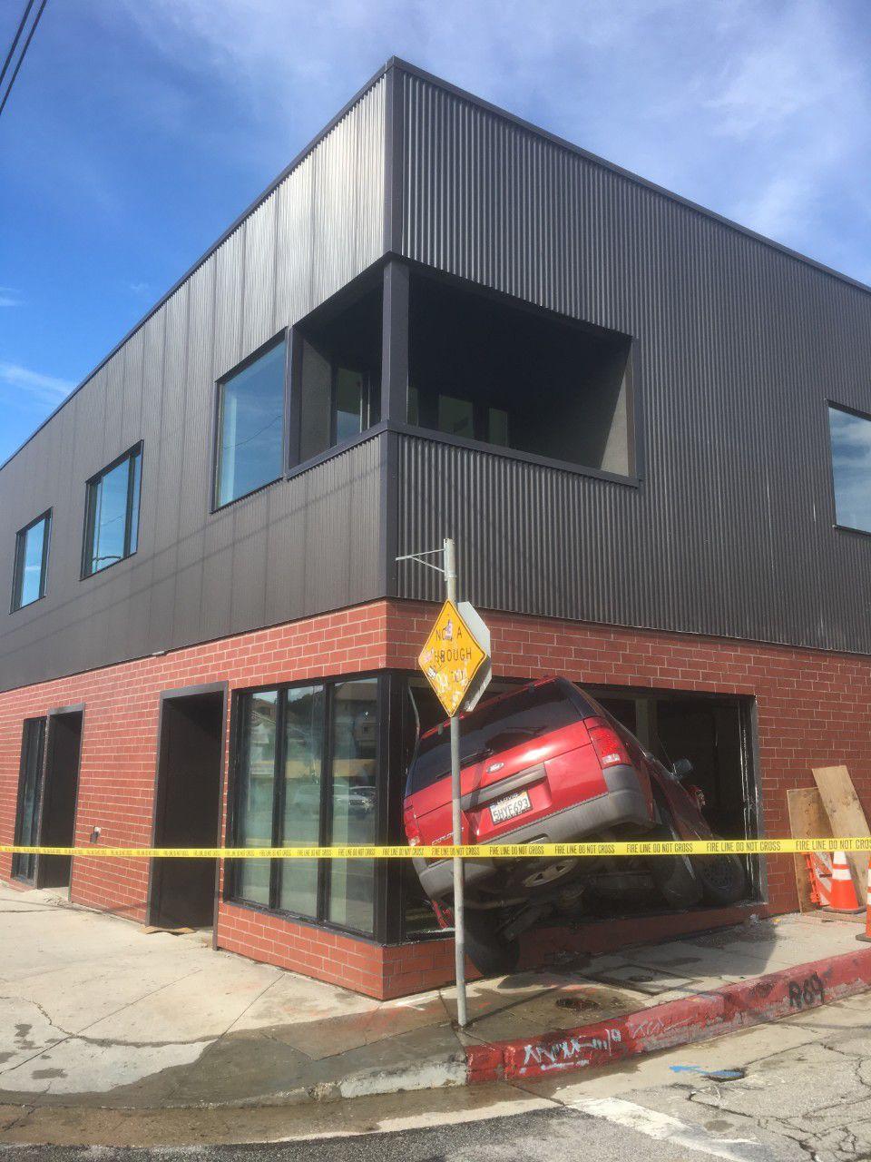 Ford Explorer Crashes into Echo Park Building
