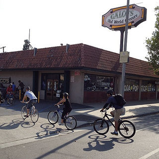 Viewpoints: In defense of new Northeast L.A. bike lanes