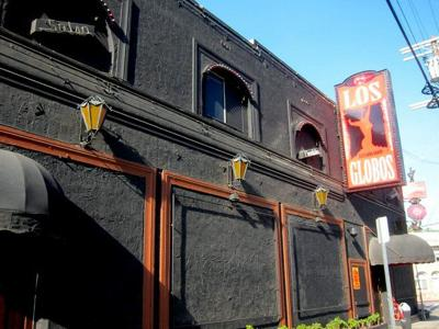 """Silver Lake's Los Globos thrives thanks to a wide range of music and """"hipster foot traffic"""""""