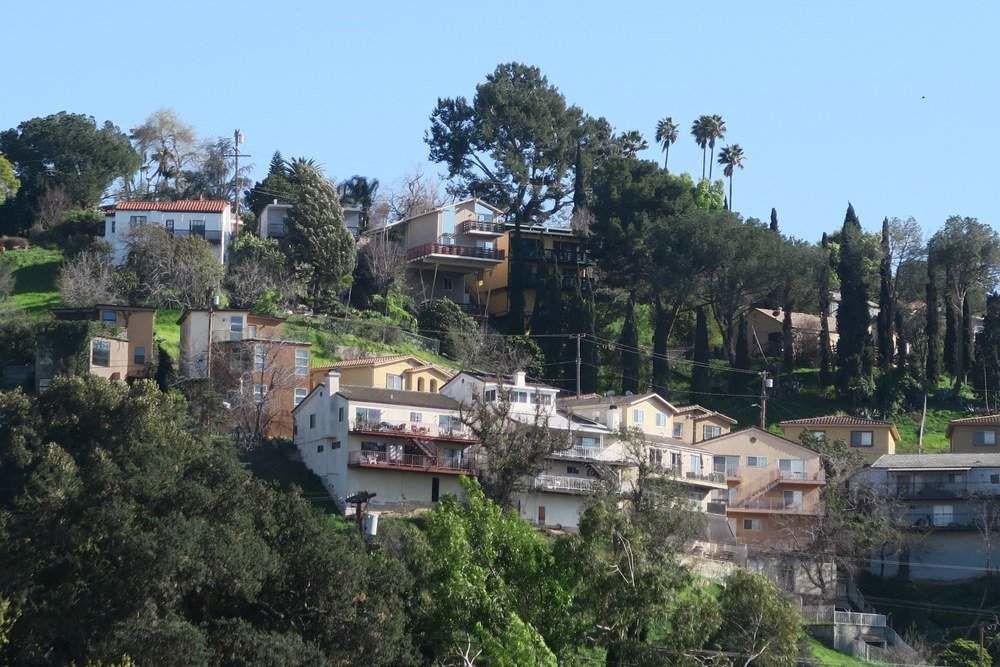 On the Market: $1.35 million Atwater Village 3-bedroom; $499,000 Cypress Park fixer; $1 million Highland Park Mid-Century duplex