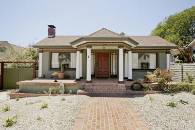 For Sale: Charming Artistic Colonial Craftsman