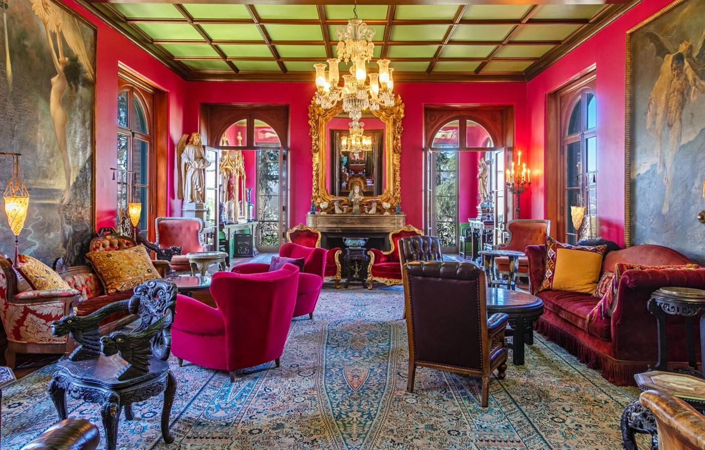 Paramour Estate salon