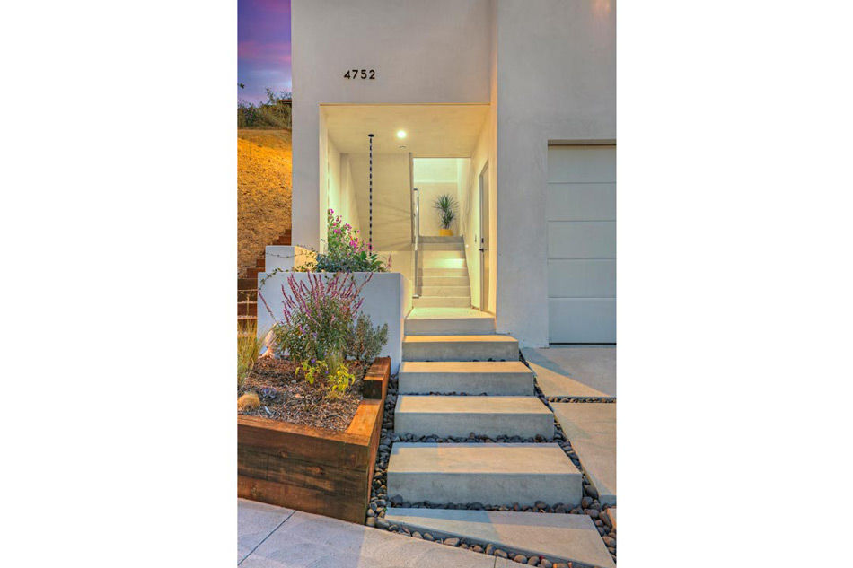 A New, One-of-a-Kind Home in Highland Park: Modern Style at a Tremendous Value