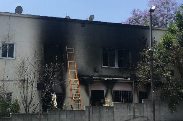 Firefighters extinguish Echo Park apartment fire