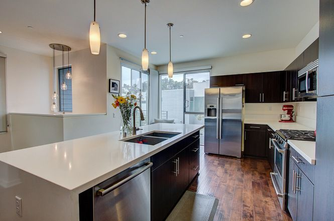 For Sale: Spacious Echo Park contemporary on private street  3BR/3BA