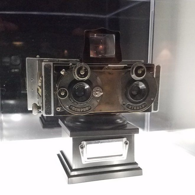 Echo Park stereoscopic museum showcases 3-D arts and technology