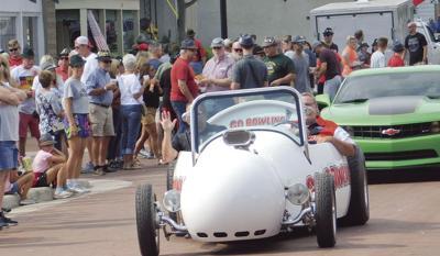 Bowling Car Photo