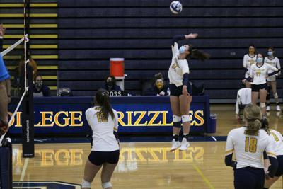 Volleyball falls to Mount St. Joseph