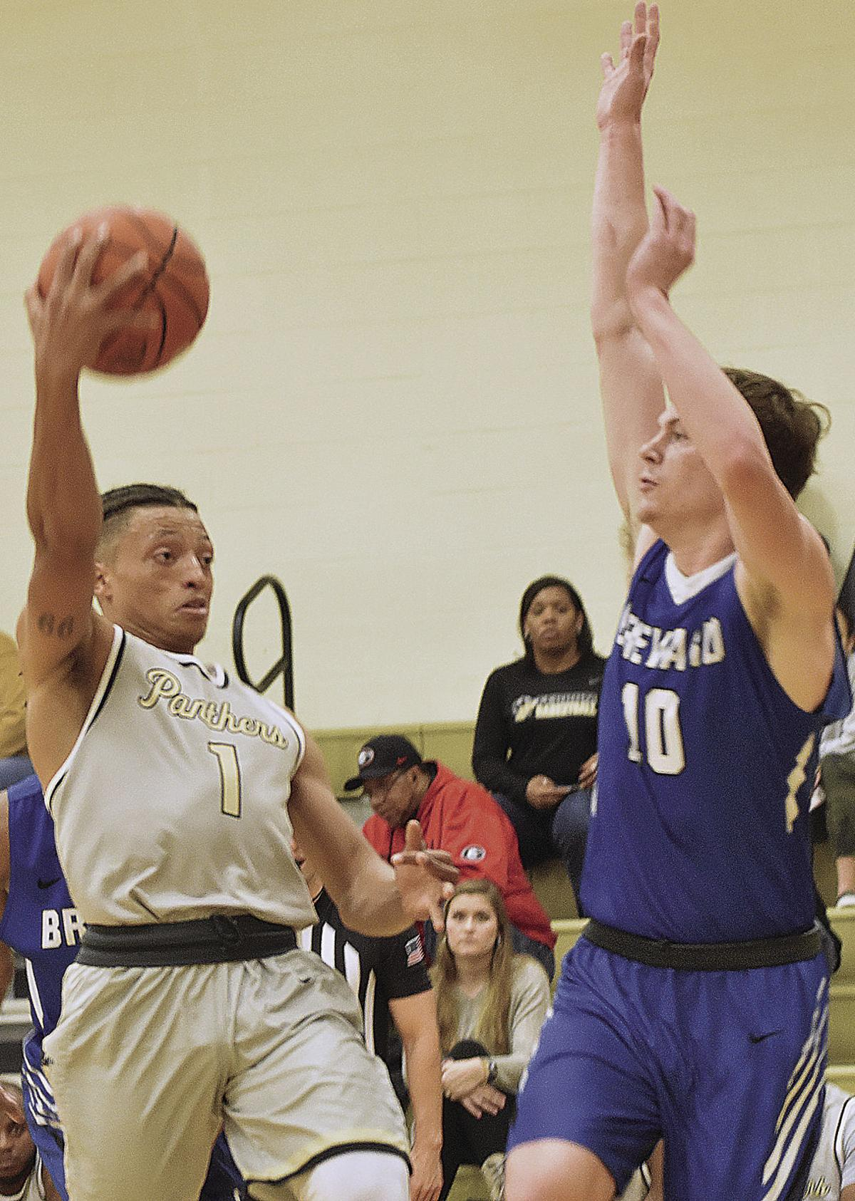 Panthers prevent Tornadoes' touch down