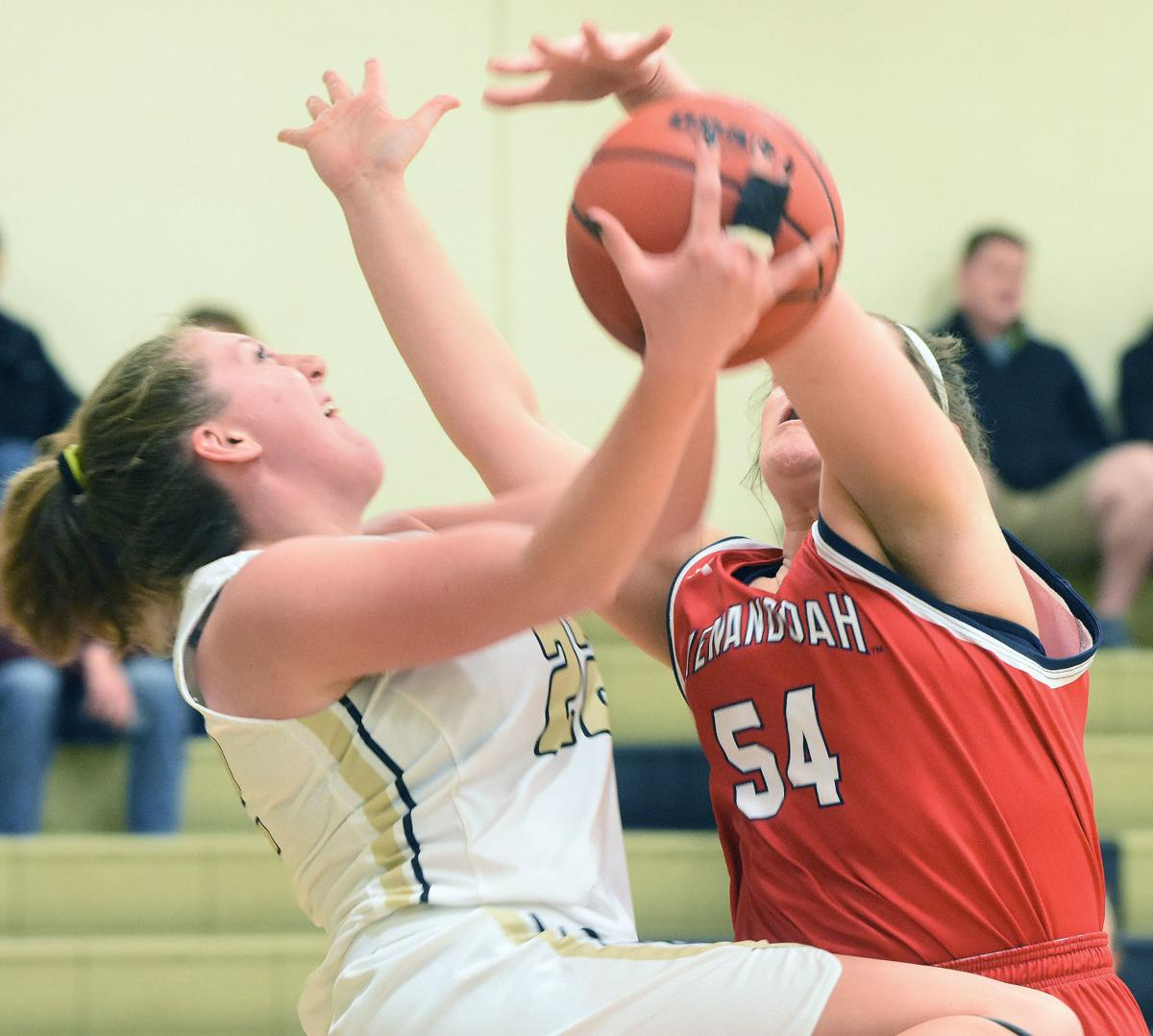 Shenandoah continues its ODAC run with 20-point win over Ferrum