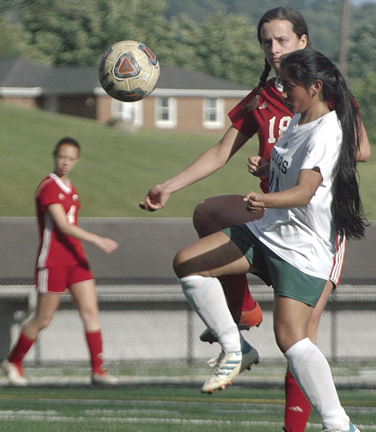 Franklin County teams advance in Piedmont District soccer tournaments