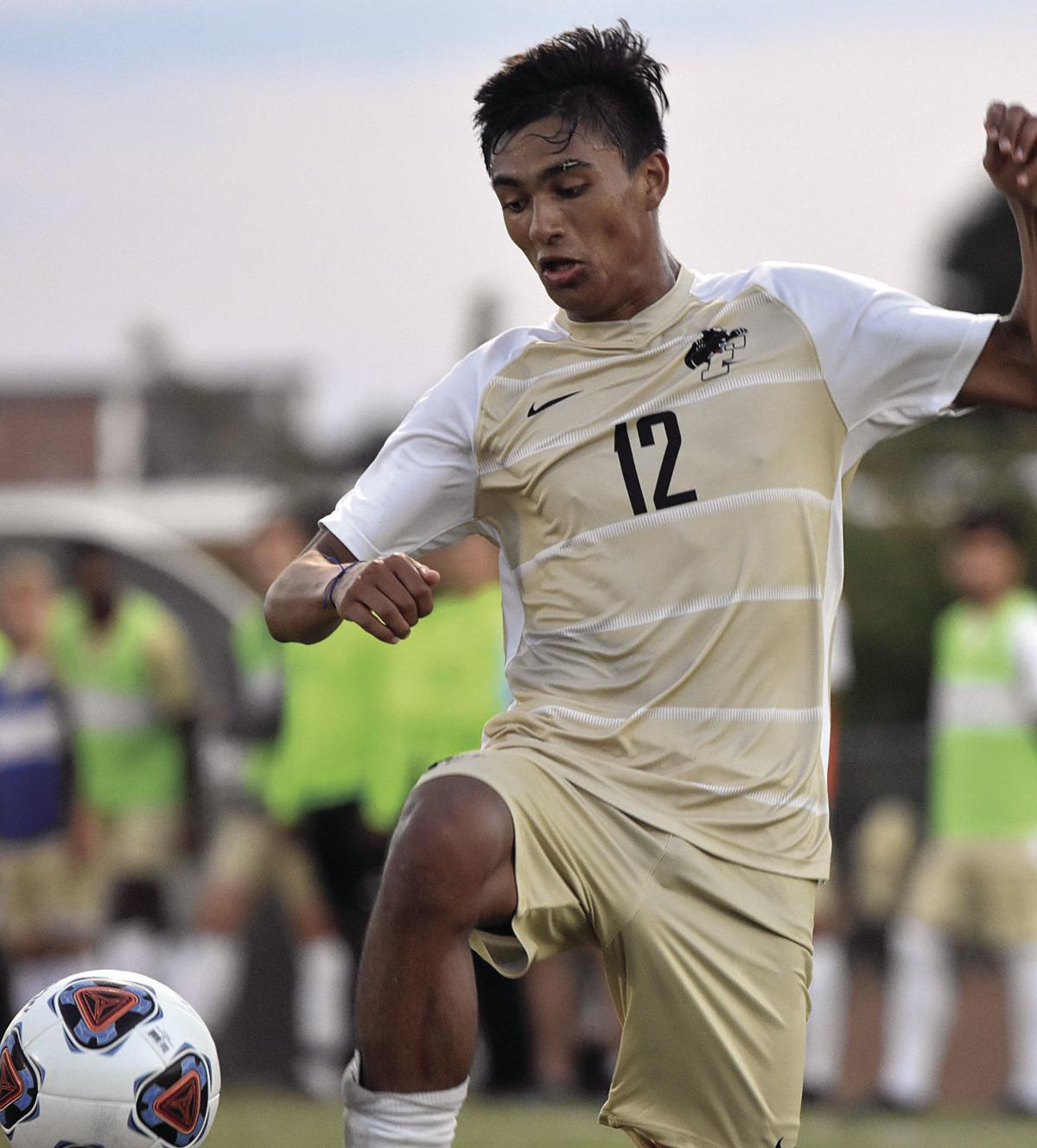 Guilford scores twice in second half, downs Ferrum by a goal