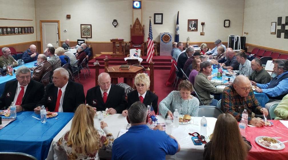 Masons honor veterans