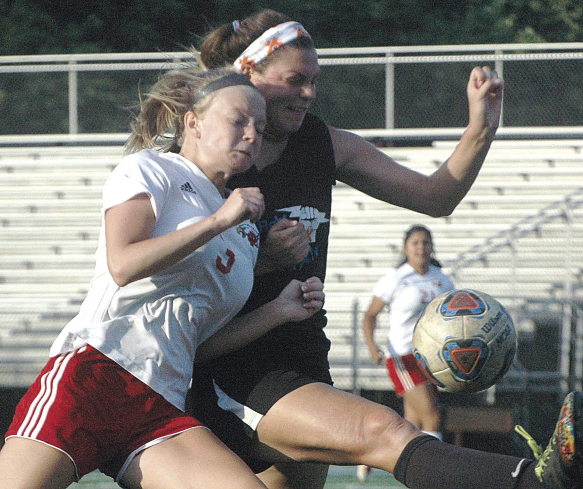 Cosby builds early advantage, tops Franklin County girls, 5-1