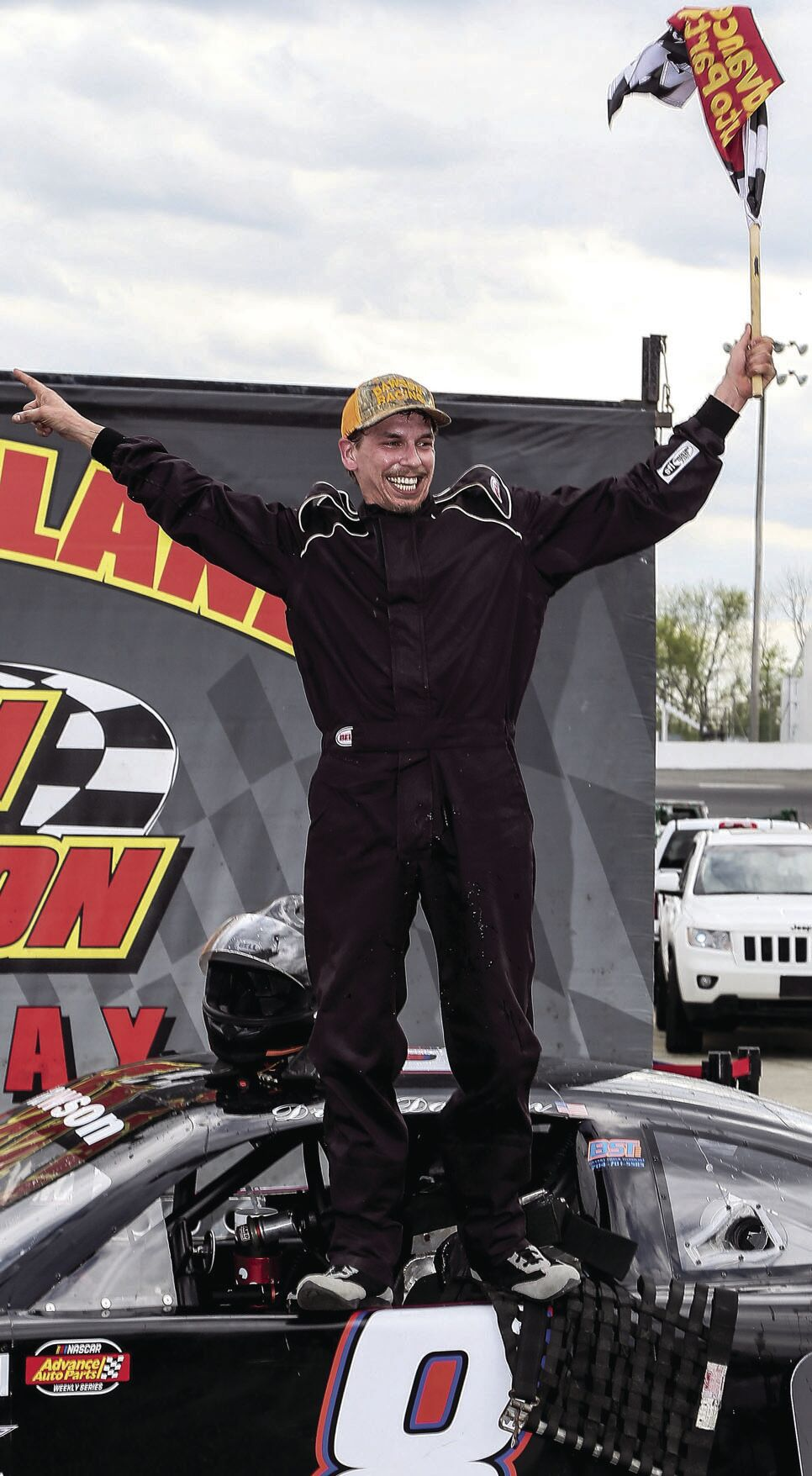 Crews emerges as a frontrunner in Late Model class