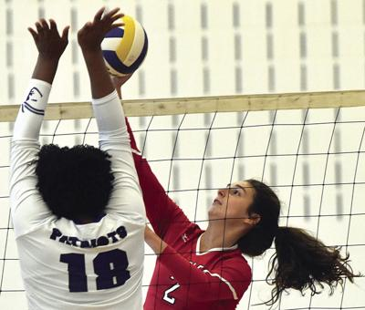 Eagles sweep Magna Vista in volleyball