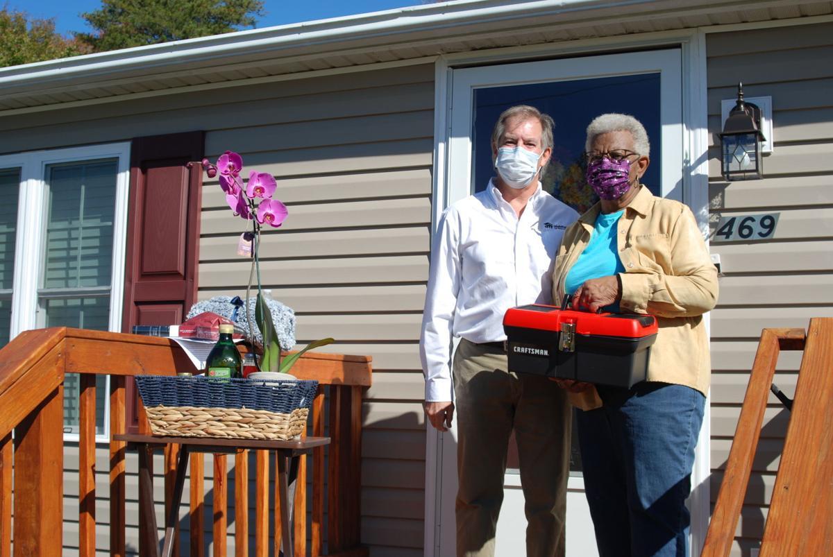 Habitat dedicates Sontag Road home