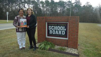 Schools receive CPR kits