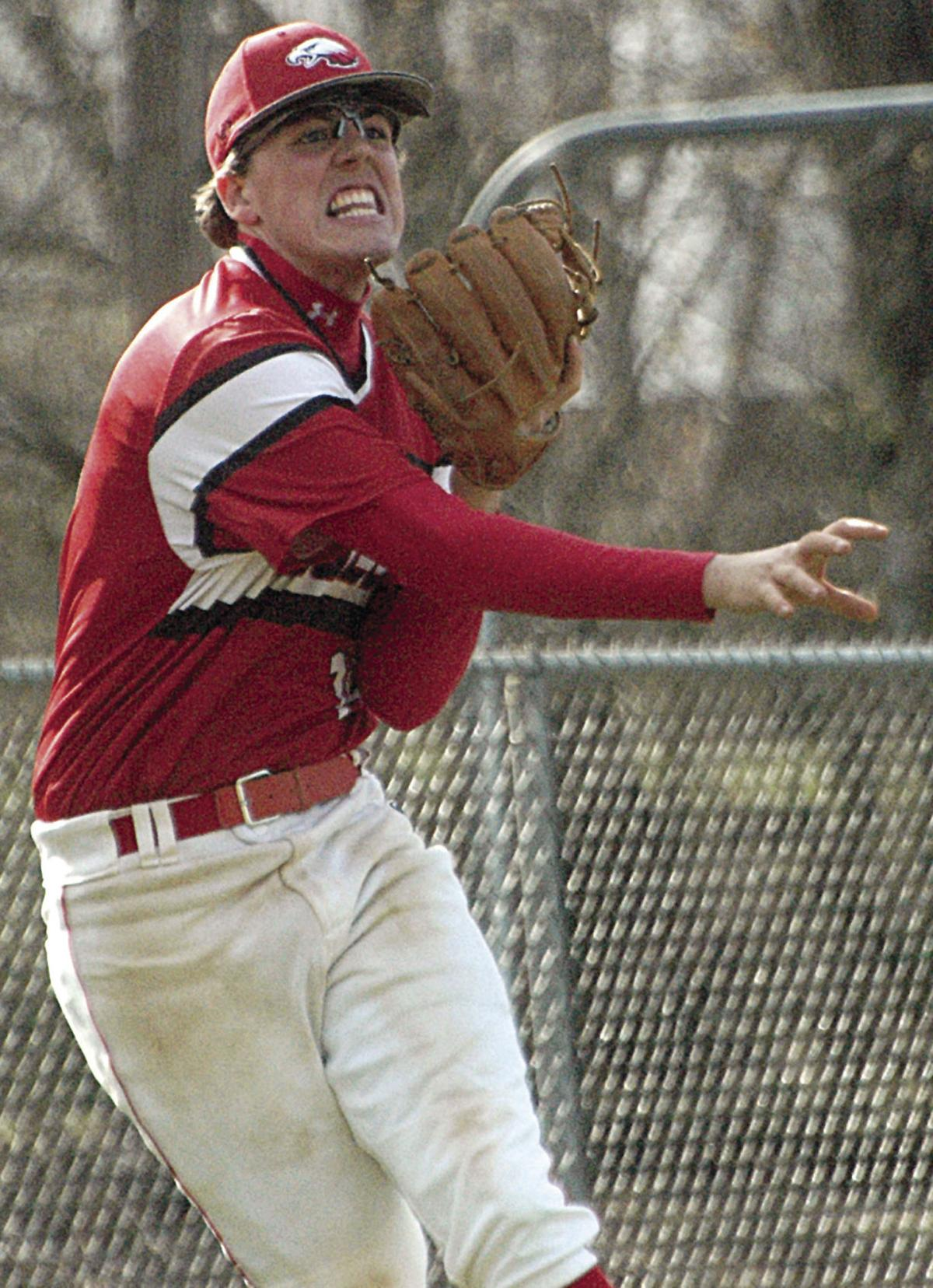 Kent, Merrick make baseball commitments