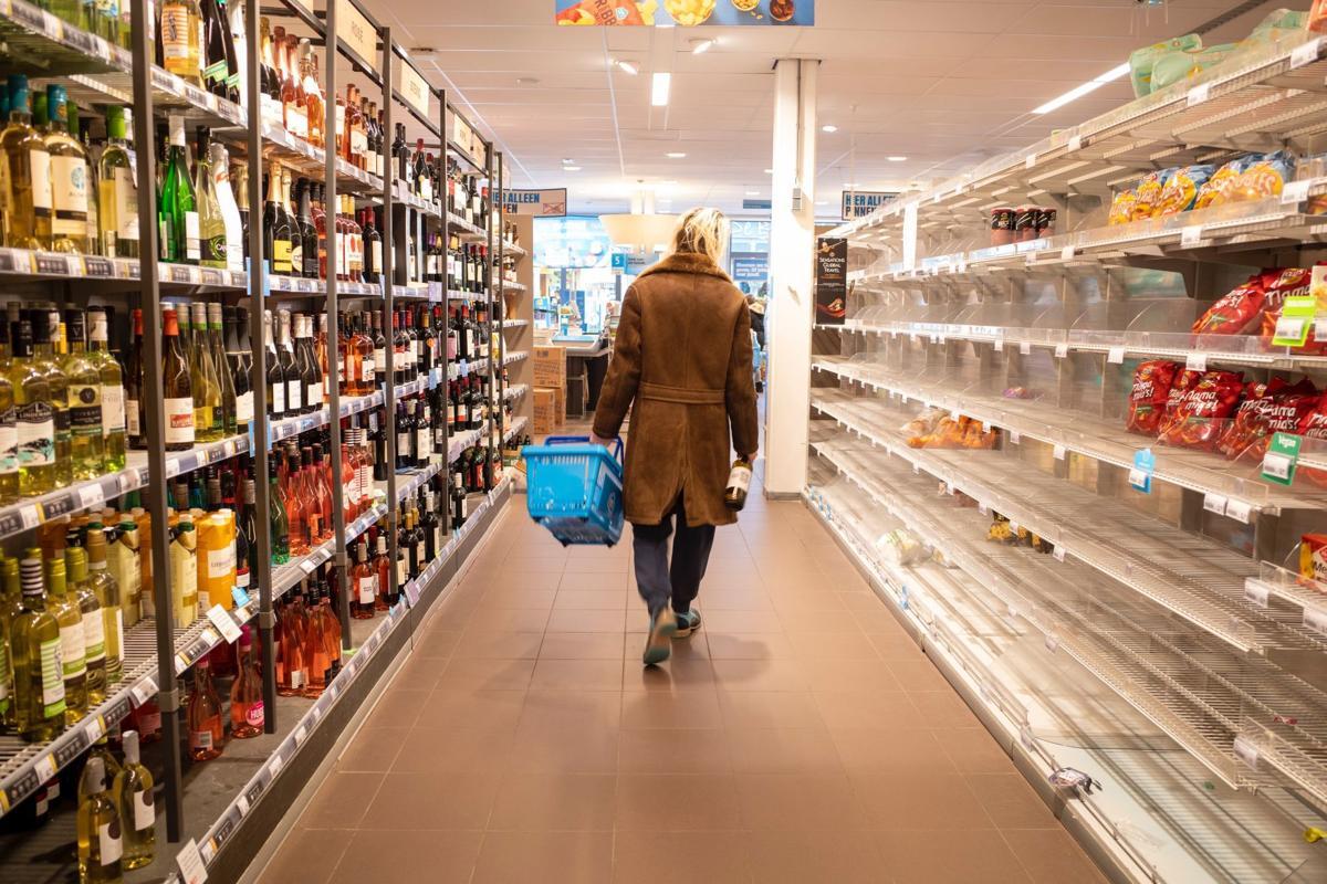 grocery store-walmart