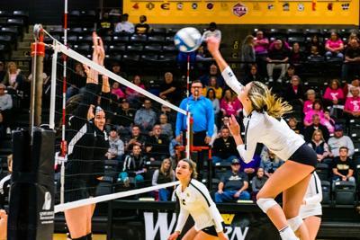 merwin_volleyball_10-26-19-12