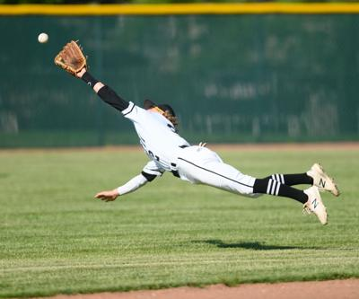 Niese-Diving Catch