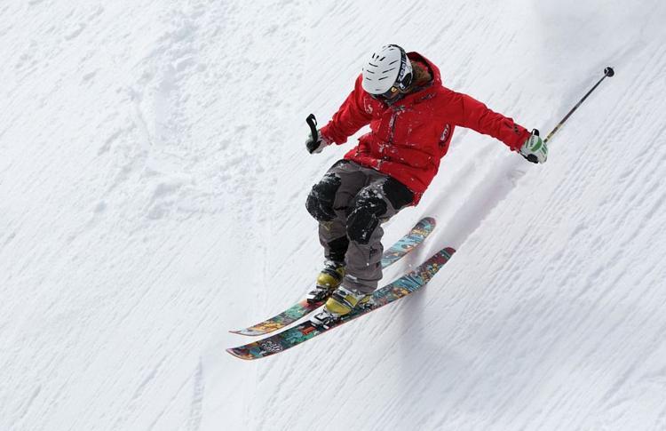 ski skiing stock