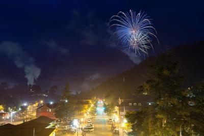 sylva fireworks.jpg