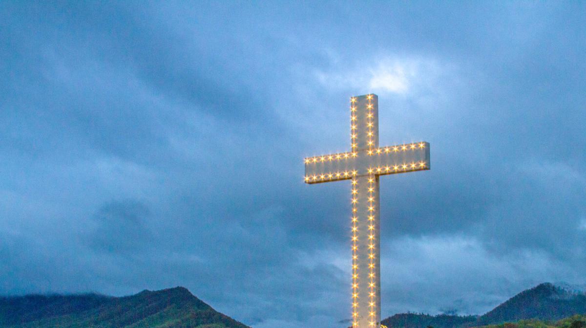 Easter morning - Lake Junaluska Cross -3-2.jpg