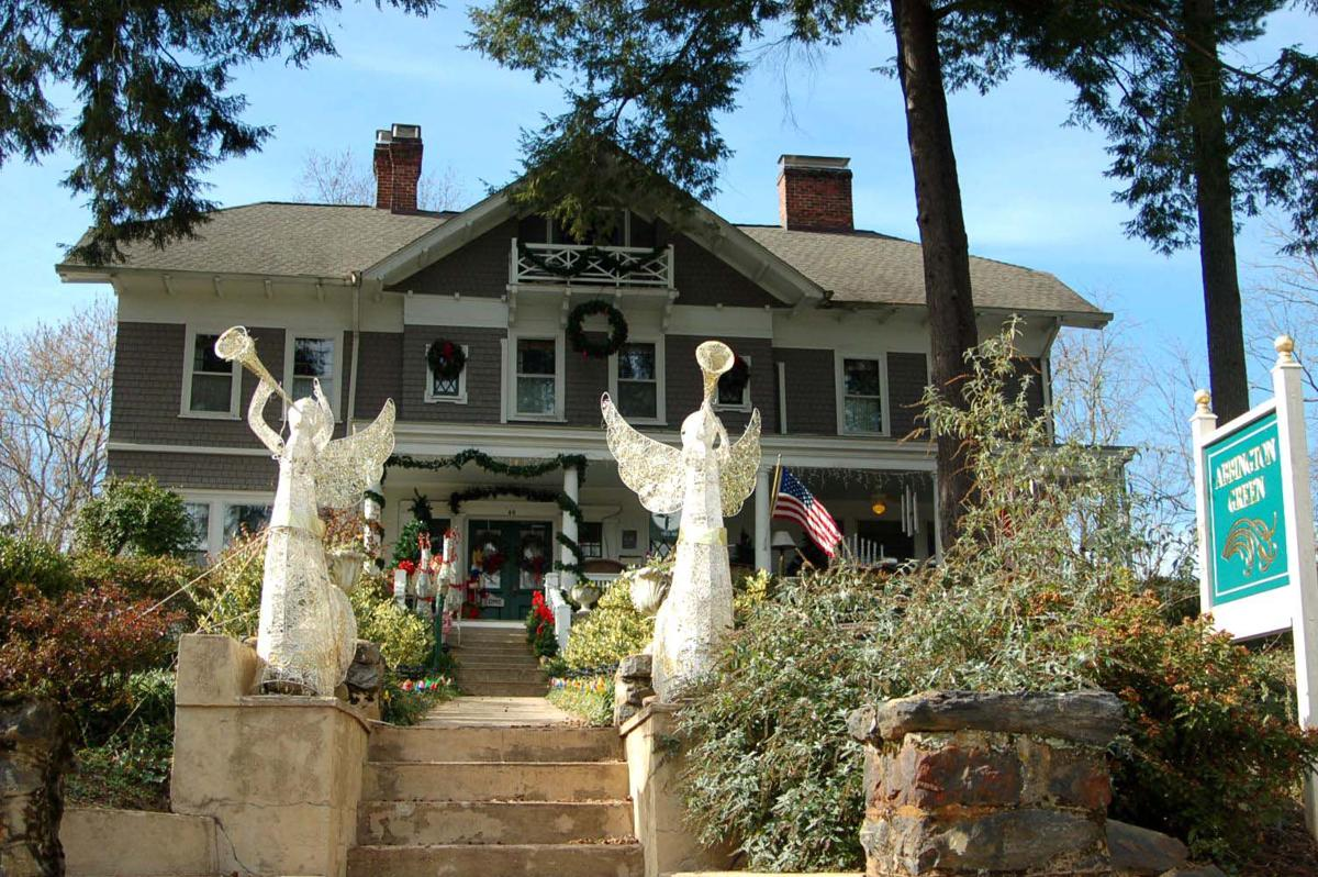 Don't miss theMontford Holiday Tour of Homes this Saturday