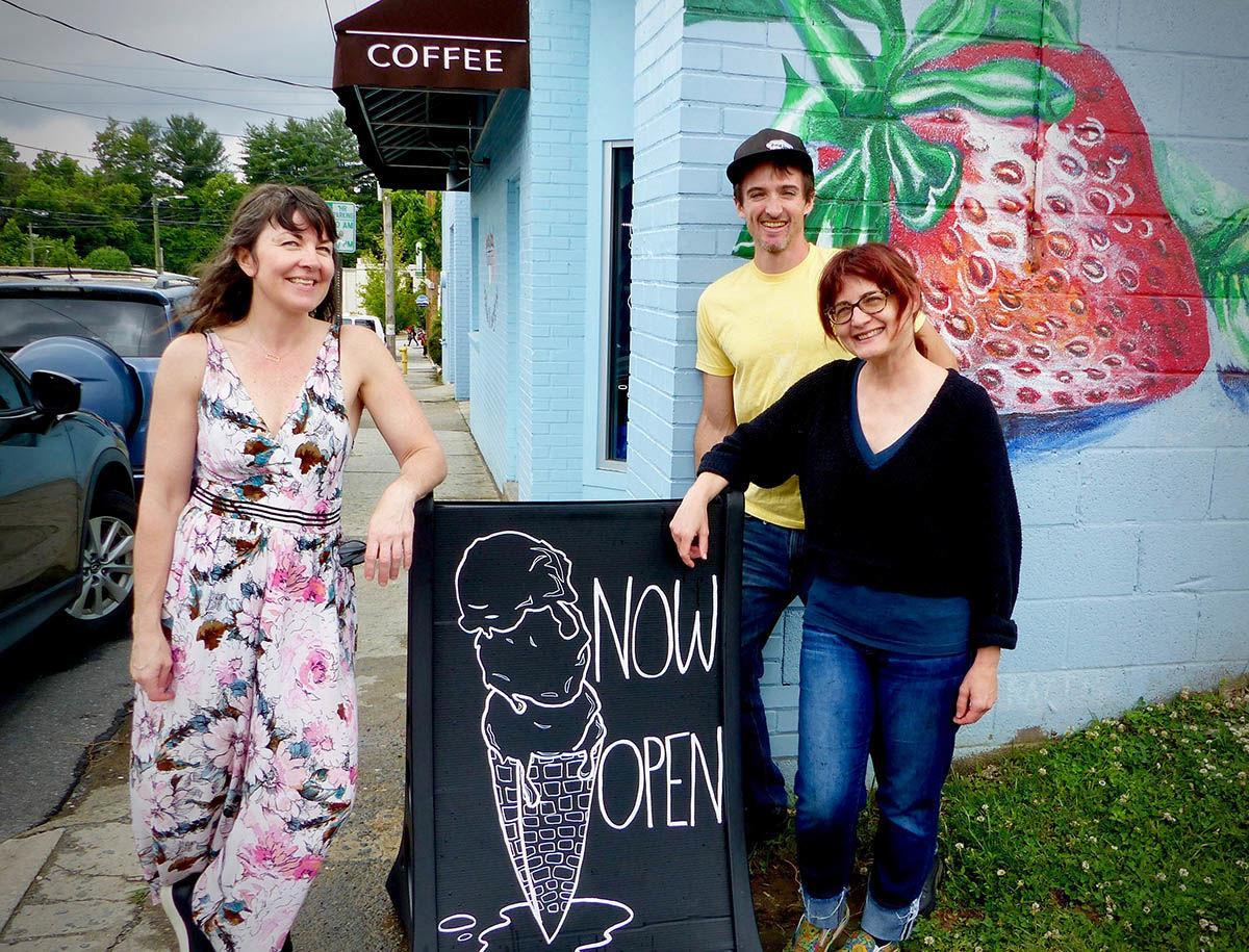 Jael Rattigan, Dan Rattigan and Beth Kellerhals at the FBC Cookies & Creamery