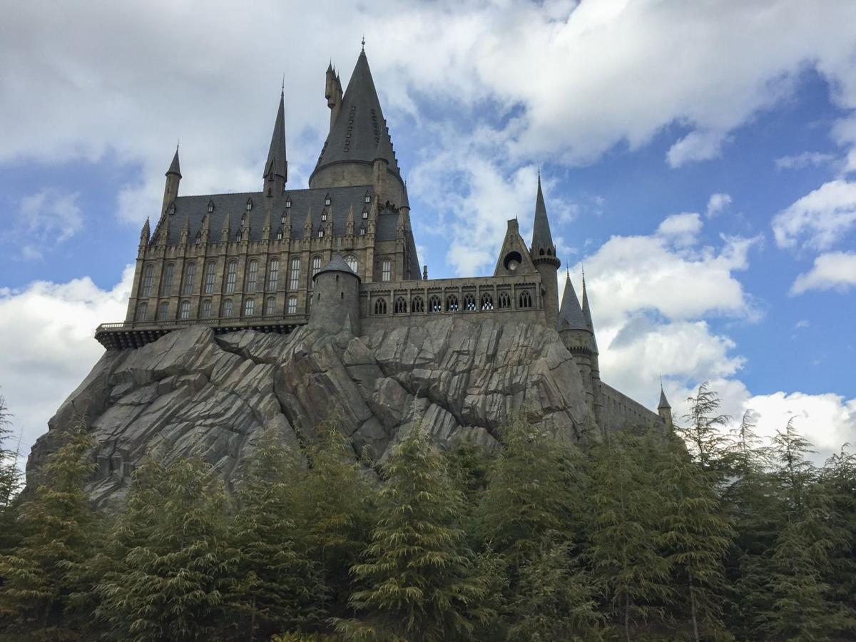hogwarts-2404481.jpg