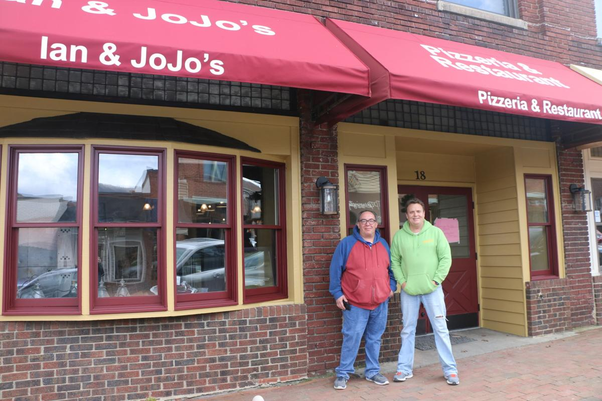 Ian and Jojo's Pizzeria is open   Food And Drink