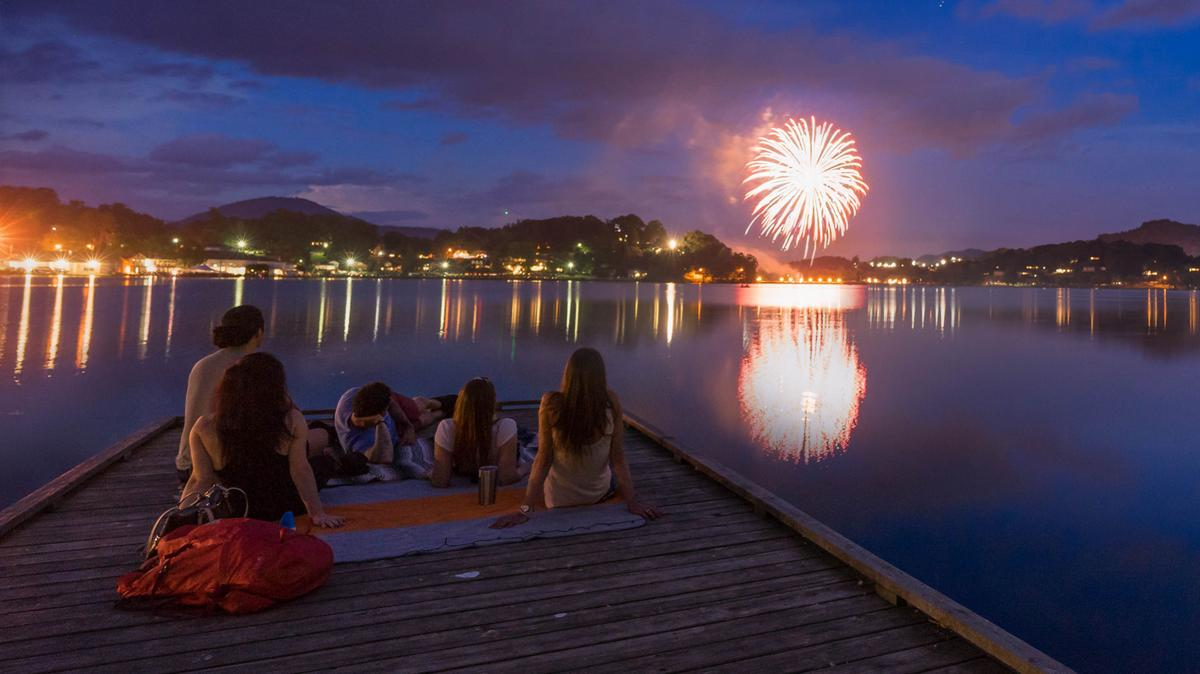 Lake Junaluska Fireworks Photo.jpg
