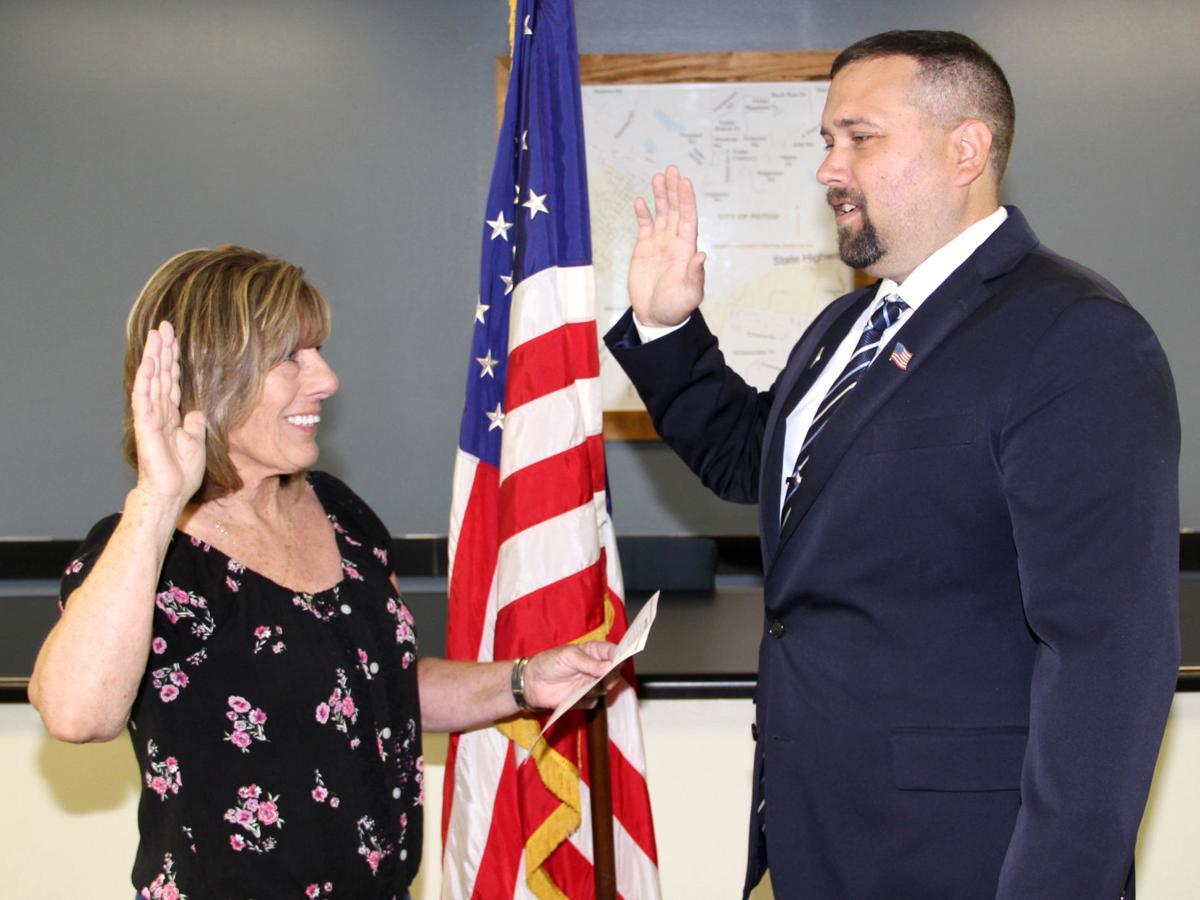 Joseph Blount Gets Sworn In