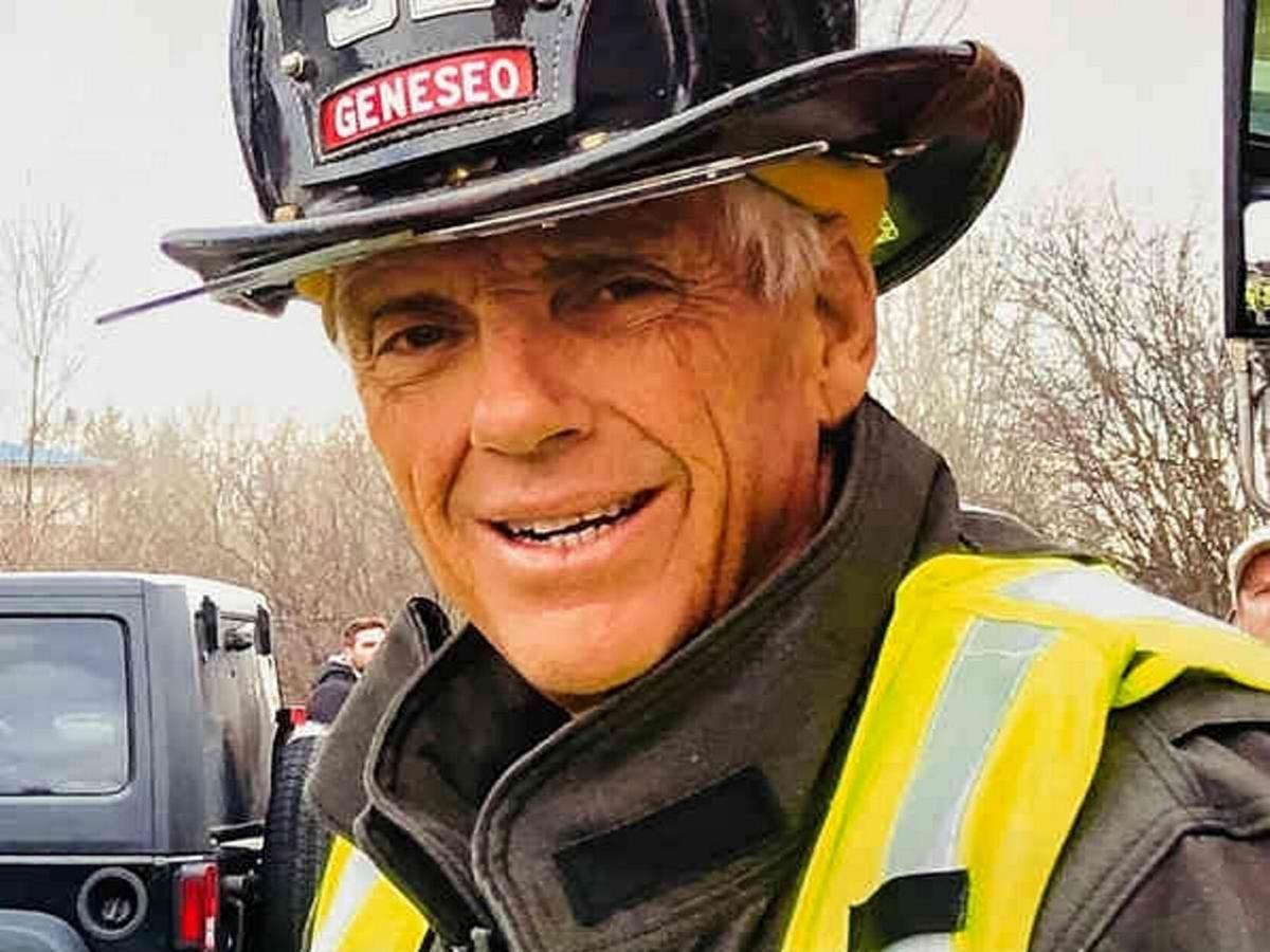 Club awards service honor to late fire chief