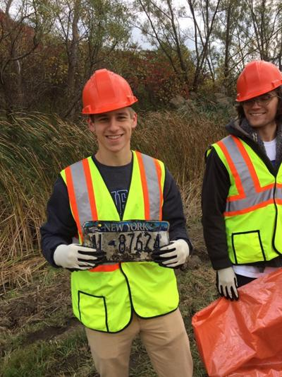 Students conduct cleanup of adopted section of Interstate 390