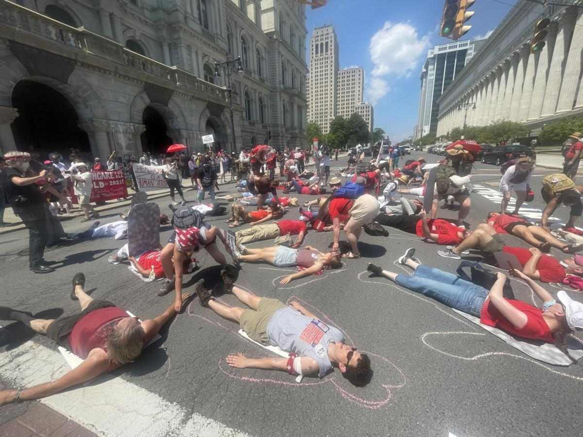 Group rallies for socialized health care