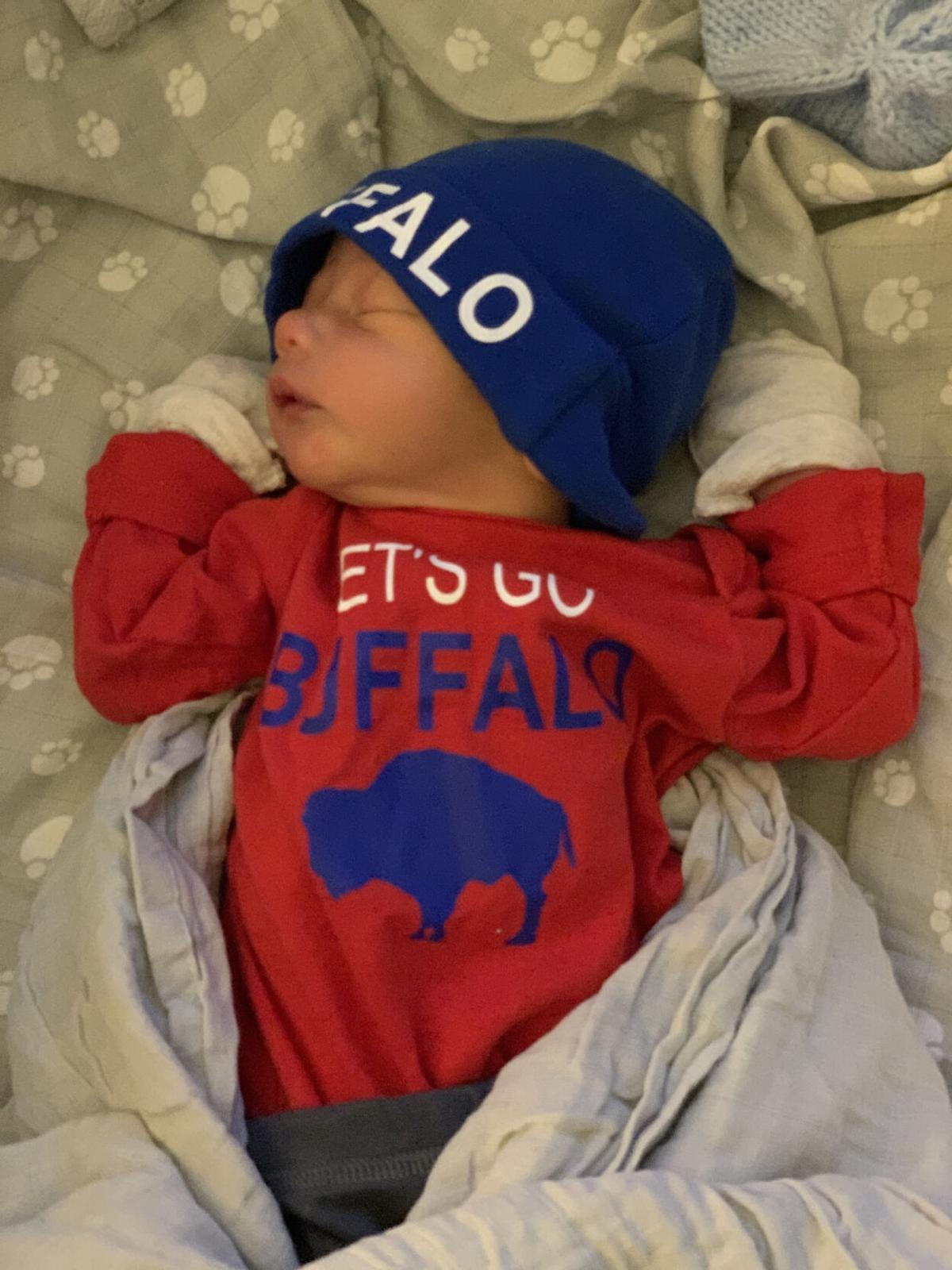 It's a boy! Noyes welcomes Lima boy as first baby of 2021