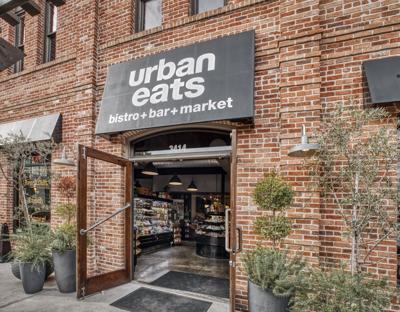 Local restaurants, bars still playing it safe