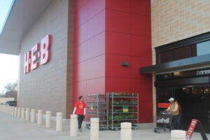 H-E-B resumes 'Quest for Texas Best' contest