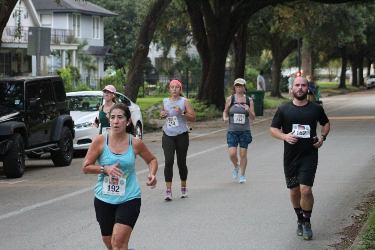 Boulevard Blitz finish line--TOP CHOICE.JPG