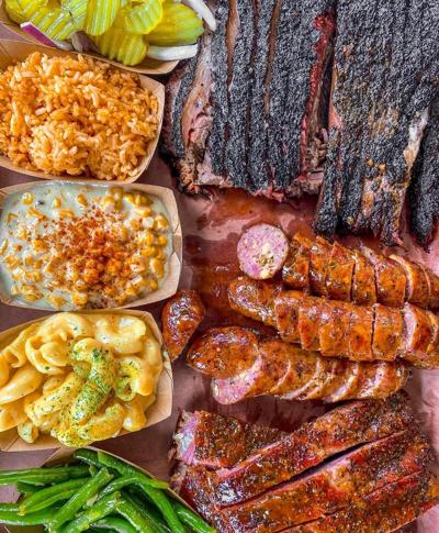 Food briefs: Central Texas barbecue joint looking at Heights