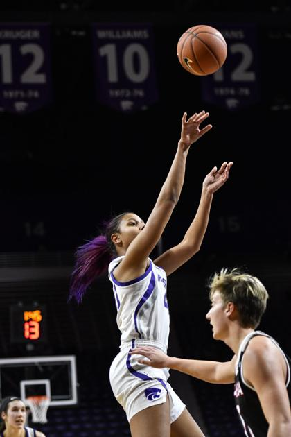 Kansas State women's basketball shoots the lights out in win over Vanderbilt