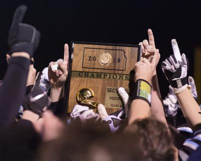 Riley County football celebrates sectional title 2019